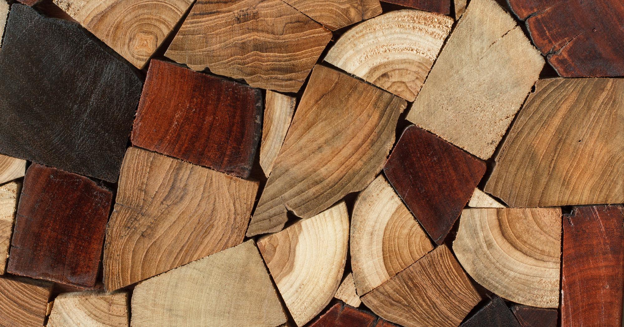 仏壇素材に使われる木材の種類 黒壇・紫壇など